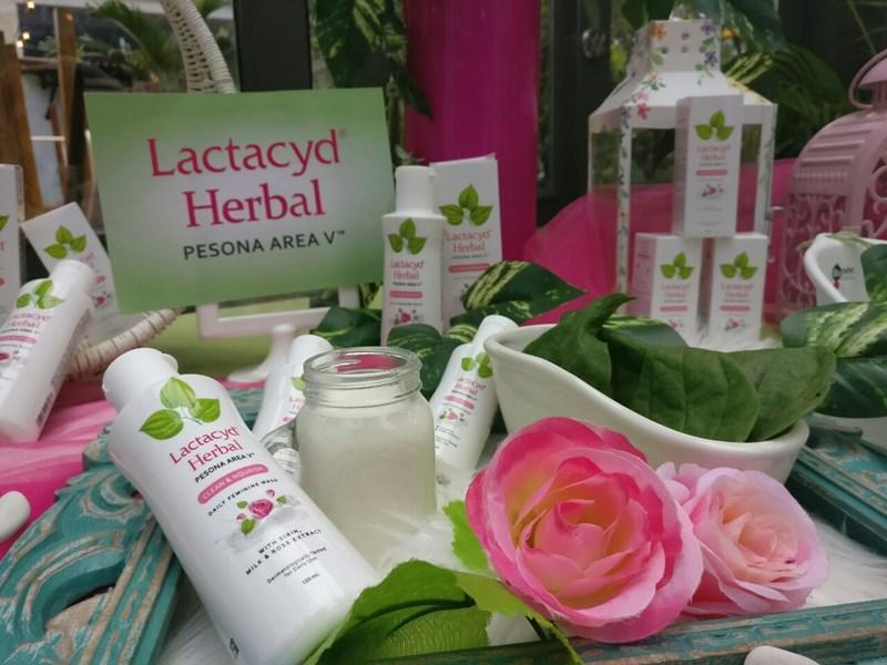 Lactacyd Herbal Pesona Area V Menjawab Kebutuhan Wanita Indonesia