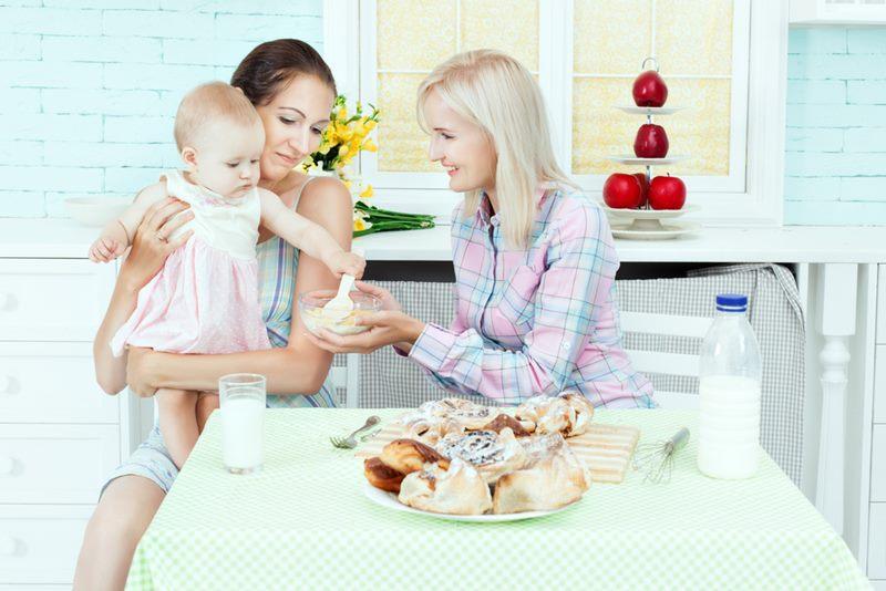 5 Hal Penting Sebelum Memilih Pengasuh Bayi