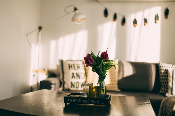 10 Tips Mudah Dekorasi Bunga