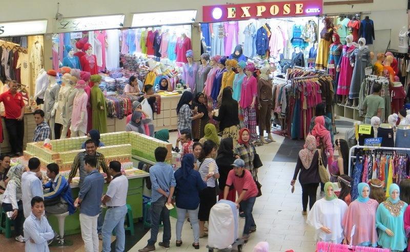 6 Trik Belanja Murah Di Pasar Tanah Abang - Womantalk 998011abf6