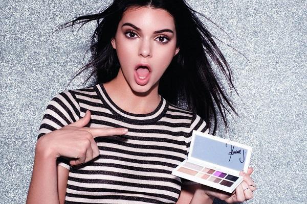 Kontras dengan Kylie, Lini Makeup Kendall Jenner Gagal di Pasaran