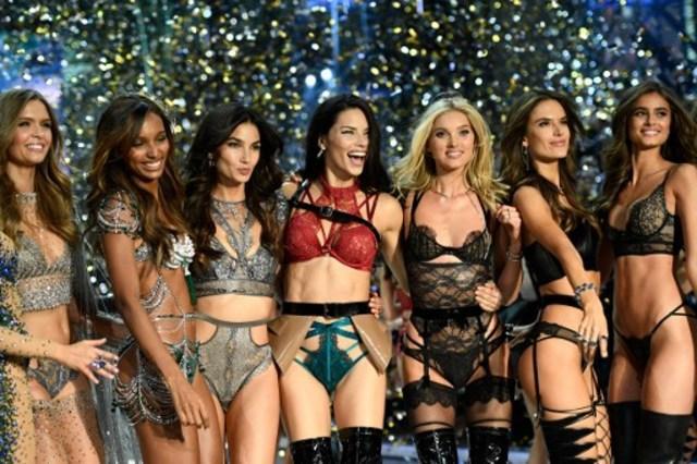 5 Hal Menarik Dari Panggung Victoria's Secret 2016