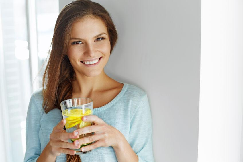 Ternyata Khasiat Air Lemon Tak Sehebat Yang Dielu-elukan