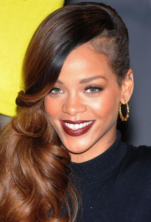Gaya Rambut Terbaik Rihanna Dari Tahun Ke Tahun Womantalk - Gaya rambut pendek rihanna