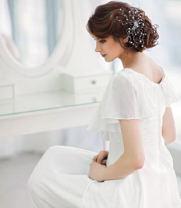 7 Inspirasi Gaun Pernikahan Sederhana Womantalk
