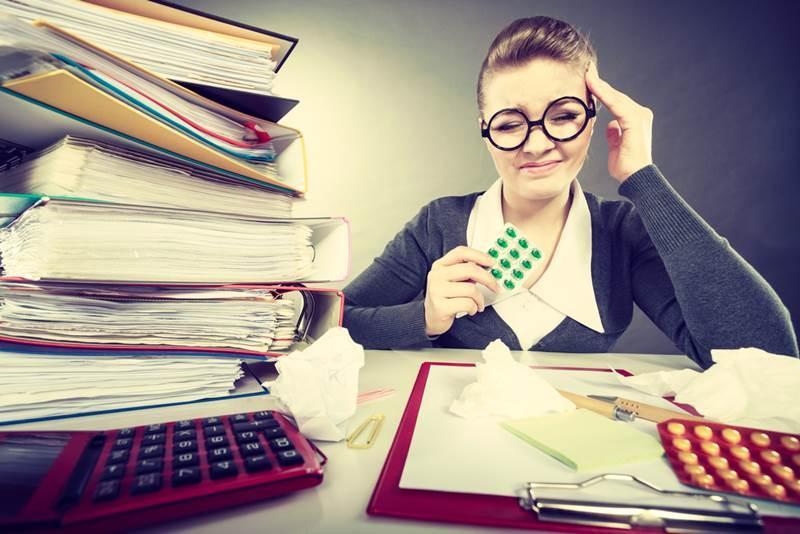 4 Kebiasaan Di Kantor Yang Tanpa Disadari Merusak Kesehatan