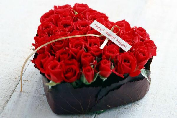 Mawar merah.