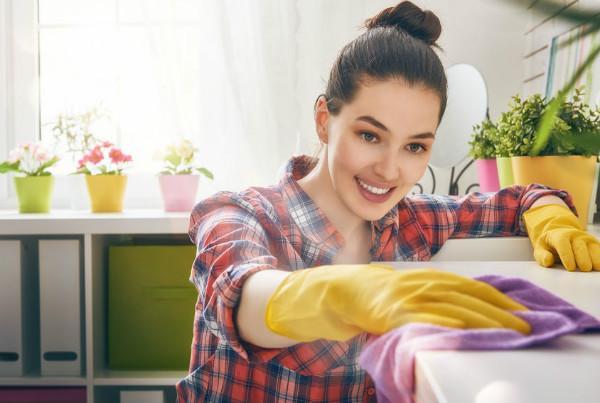 Orang yang Punya Rumah Bersih Selalu Melakukan 8 Kebiasaan Ini Setiap Hari. Yuk, tiru!