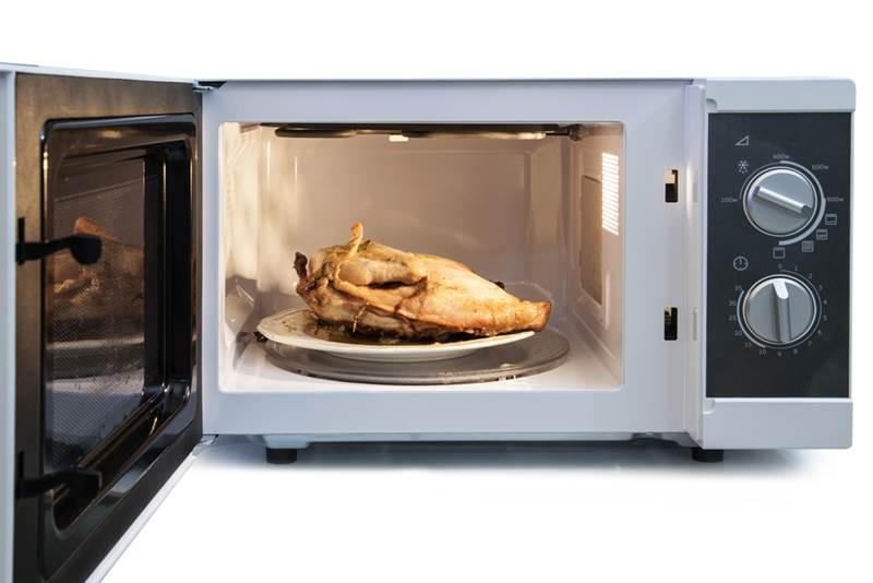 6 Makanan Yang Tak Boleh Dipanaskan Dalam Microwave