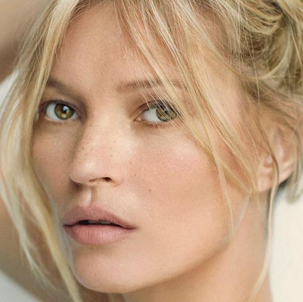 Sontek Tips Kecantikan Kate Moss Yang Buat Wajah Jadi Segar Seketika
