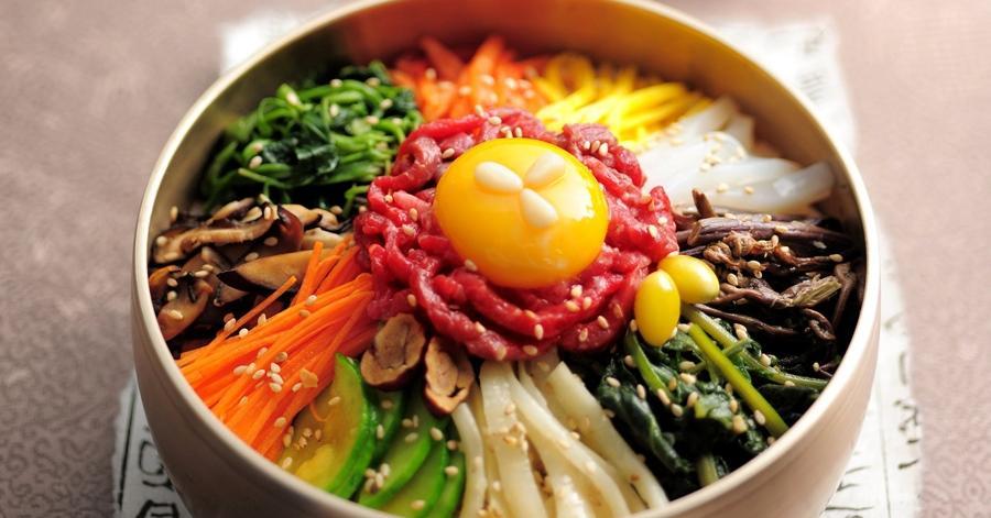 Dari Kimchi Hingga Tteokbokki Ini 5 Makanan Korea Yang Wajib Anda
