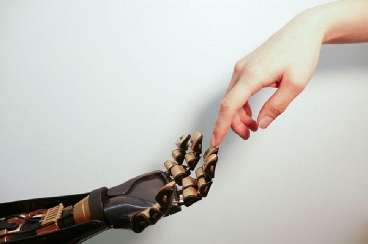 Dengan Printer 3D, Kulit Robot Bisa Rasakan Sentuhan