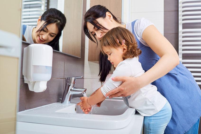 3 Cara Mudah Ajarkan Anak Untuk Cuci Tangan