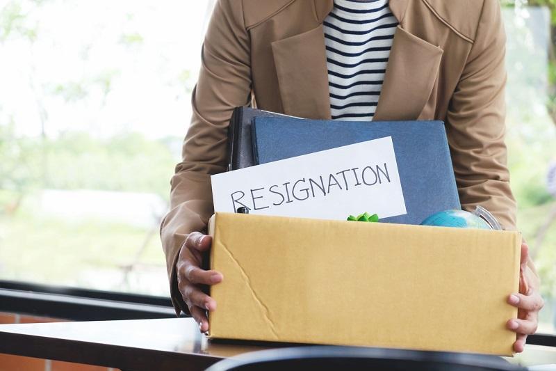 5 Hal Penting Yang Harus Ditulis Di Surat Resign Anda