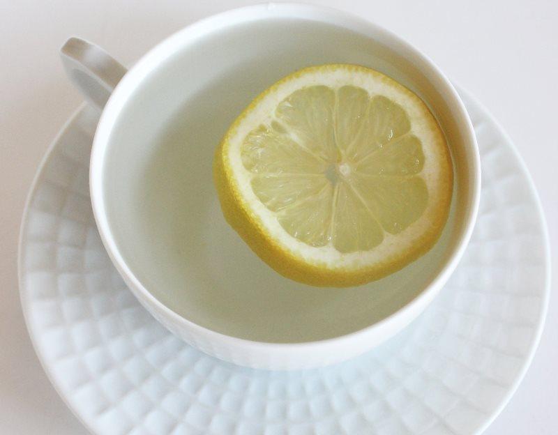 3 Langkah Minum Air Lemon Yang Benar Untuk Nutrisi Maksimal Womantalk