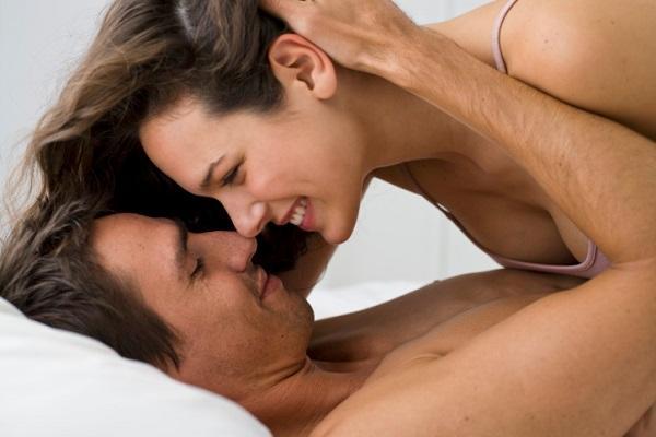 5 Tips Agar Suami Tetap Bergairah Dengan Anda
