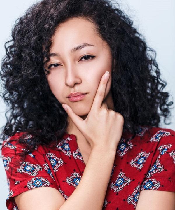 Hindari 5 Kesalahan Ini Jika Anda Memiliki Rambut Keriting - Womantalk f6aedb4b9b
