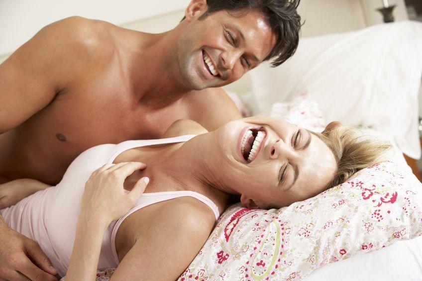 Pasangan Bahagia Pasti Lakukan 5 Hal Ini Sebelum Tidur - Womantalk