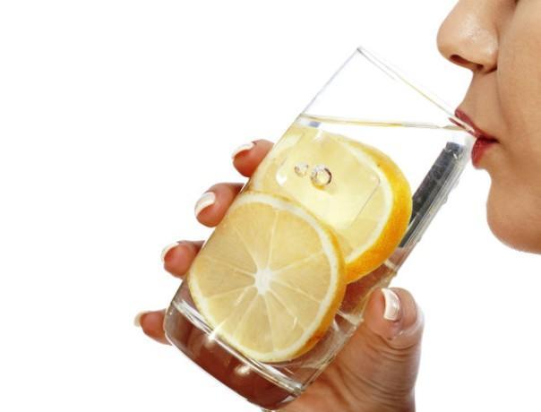 Alasan Lemon Bisa Menurunkan Berat Badan