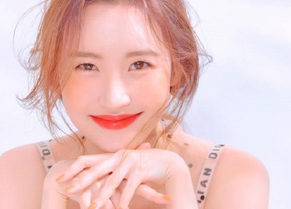 4 Gaya Makeup Cantik Ala Korea Terbaru Yang Mudah Anda Coba Sendiri - Womantalk
