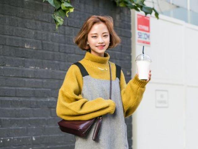Tips Padu Padan Turtleneck Berbagai Gaya Ala Perempuan Korea Womantalk
