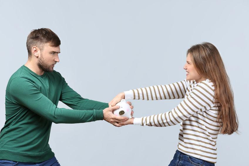 Hati-Hati, 5 Masalah Tentang Uang Ini Bisa Menghancurkan Pernikahan